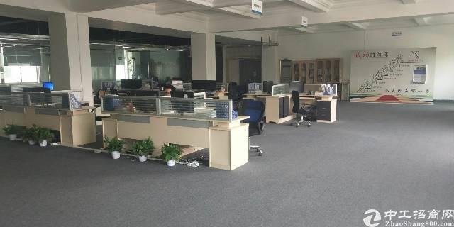 横岗六约社区原房东楼上整层约1600㎡精装修办公室厂房出租