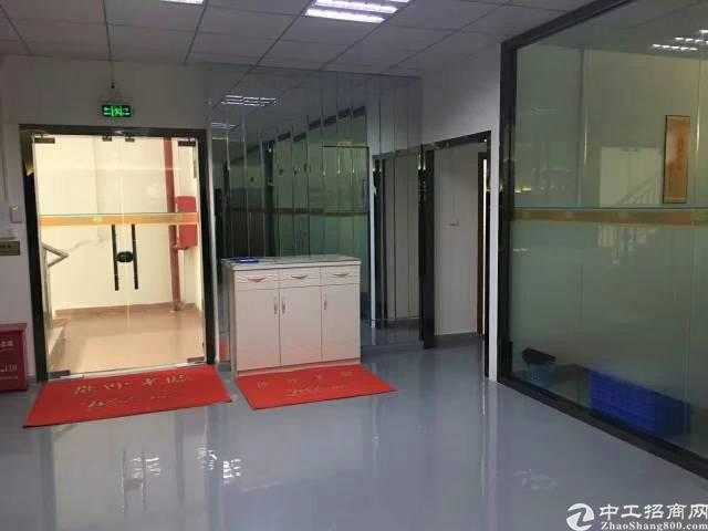 龙岗高速口豪华装修1400平带地坪漆精装修办公室