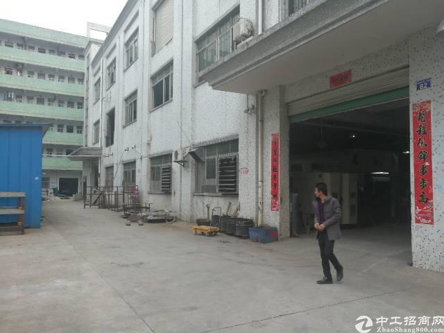 公明李松朗一楼1400平米厂房火爆招租