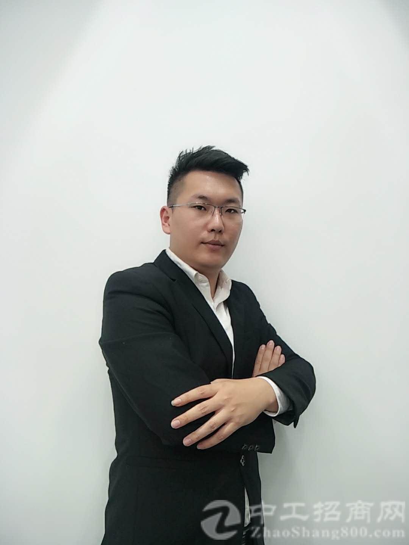厂房经纪人刘道丰