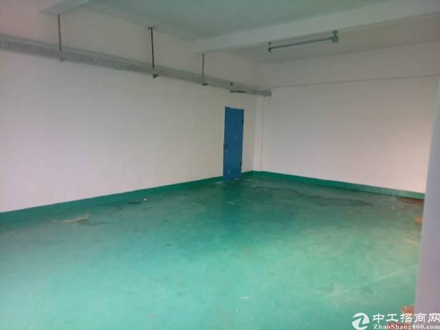谢岗镇标准厂房一楼400㎡招租