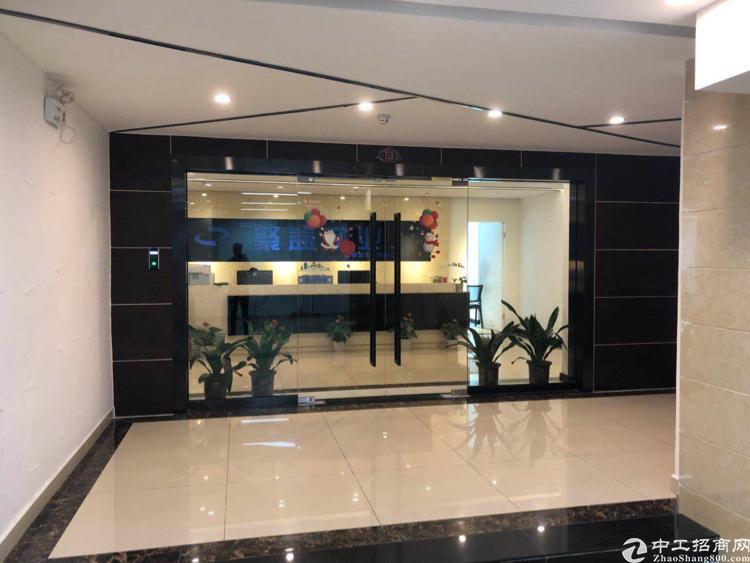龙华汽车站附近新出800平使用率8成写字楼