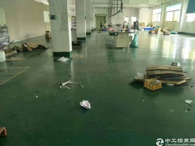 沙井新桥空出带装修厂房二楼300平方5800元全包