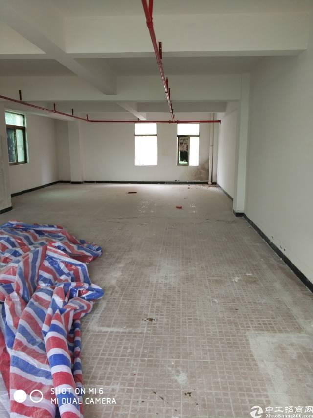 高埗镇北王路工业园内标准厂房2楼小面积出租