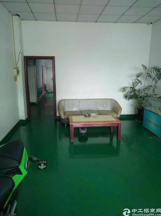 《地坪漆》二楼2800平带办公室装修可分租