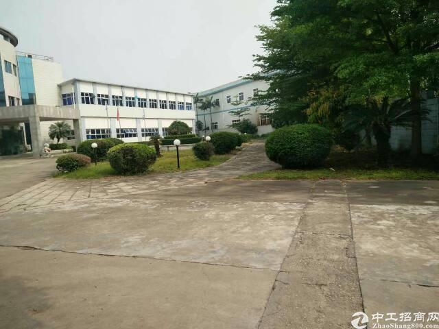 光明新区独院红本厂房7000平方两层花园式招租