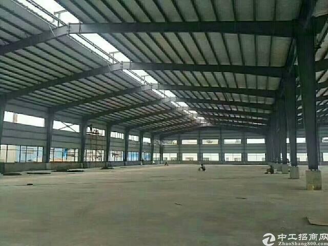 大岭山单一层钢构厂房3300平米低价出租