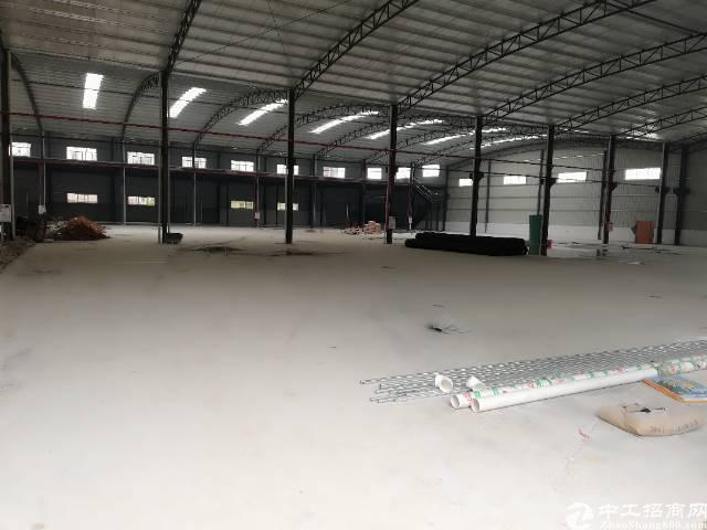 黄江镇靠近深圳公明新出钢结构厂房8800平方出租