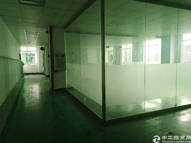 清溪土桥村标准三楼730带现成精装修办公室