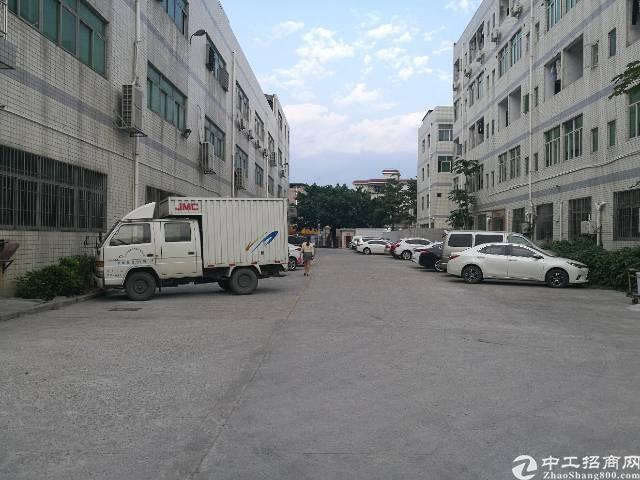 西乡簕竹角菜市场附近一楼750平米出租