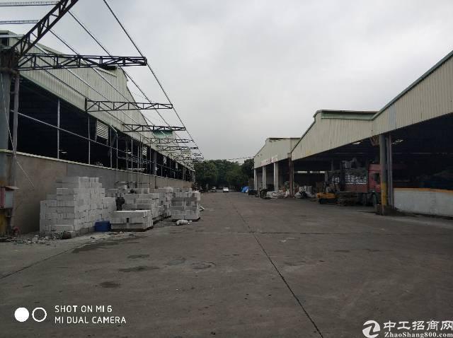 高埗镇高龙路旁单一层钢结构厂房