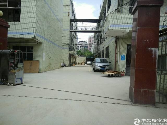 布吉独院厂房7400平厂房出租