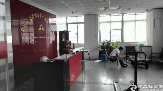沙井新桥芙蓉工业区三楼整层2000平方招租