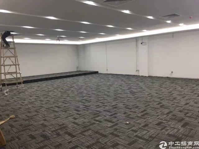 福永地铁口精装47-800平方写字楼招租