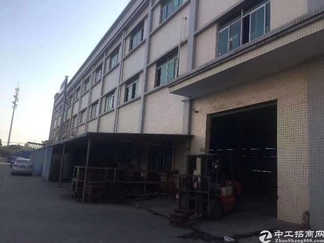 清溪镇新出一楼3000平方带航车可分租