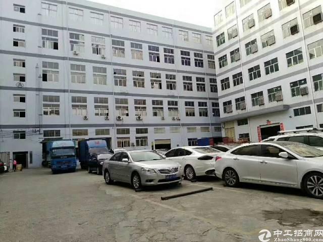 松岗龙大高速旁红本科技园25000平米重工业厂房招租