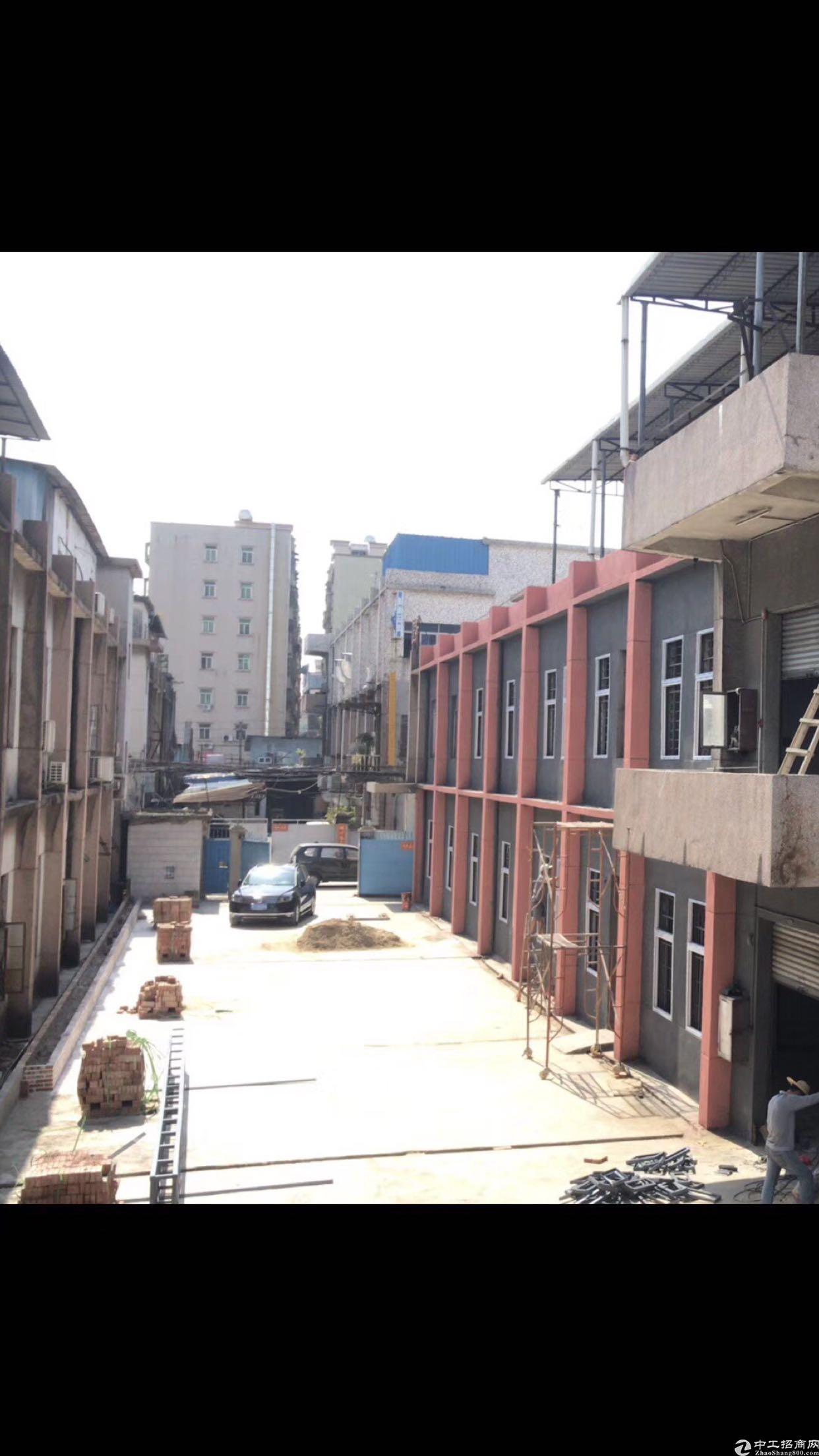 长安街口新出独门独院3300平方带现成办公室装修