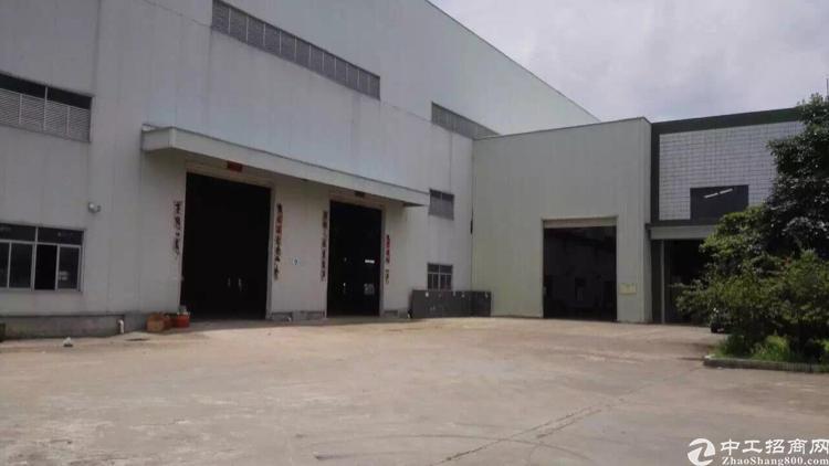 原房东滴水12高钢构厂房出租20000平方