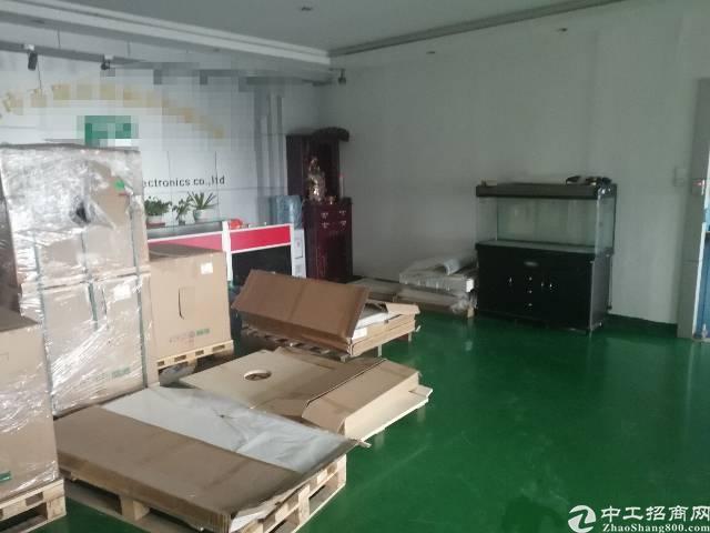 沙井庄村工业区新出无尘车间三楼1600平方出租