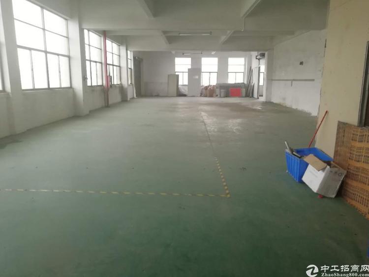 公明李松朗3楼700平方带装修厂房出租