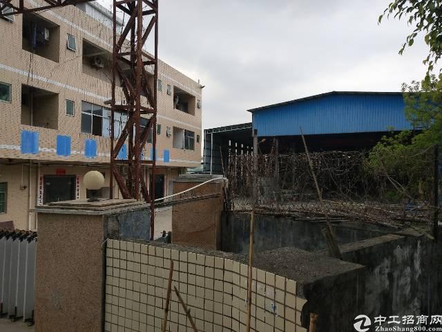 龙岗坪地中心村独门独院钢构厂房+宿舍三层总面积约4500平