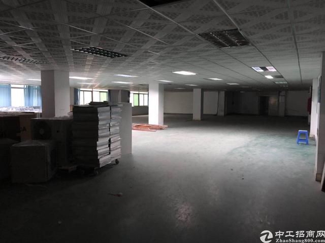 观澜樟坑径附近新出二楼500平标准厂房
