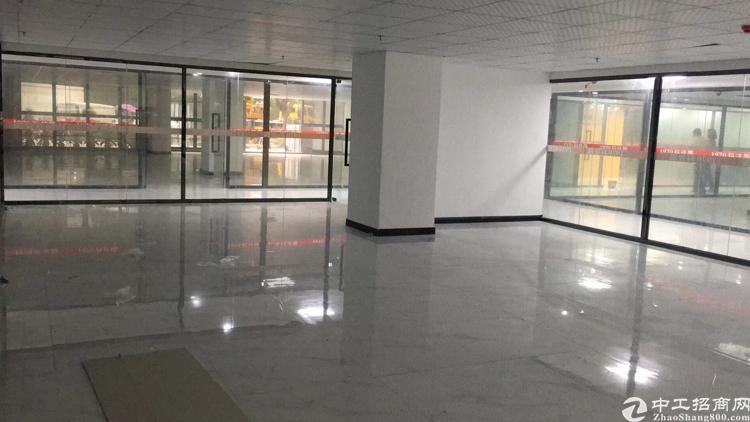 民治地铁站口323平,带精装修,距深圳北站500米