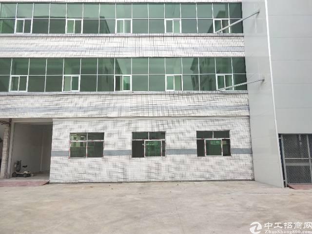 清溪镇4月底空出一楼2440平米二楼1950平米