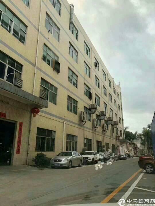 公明新出楼上2000m²厂房,带办公室