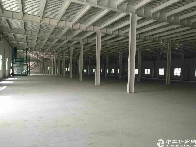 东莞市清溪镇谢坑管理区1至2楼10200平方