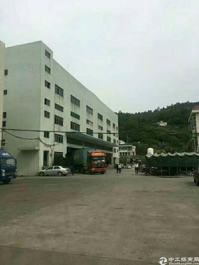 出租沙井高速路口附近带卸货物流厂房21000平米