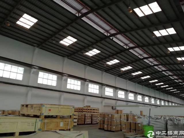 大浪大型物流园,新出一楼2500平方仓库客户优先考虑