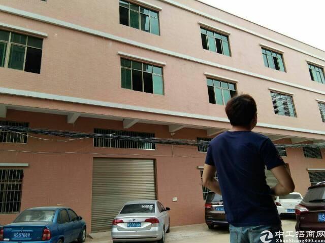 大岭山新出独门独院厂房2430平米,电200,原房东急出租