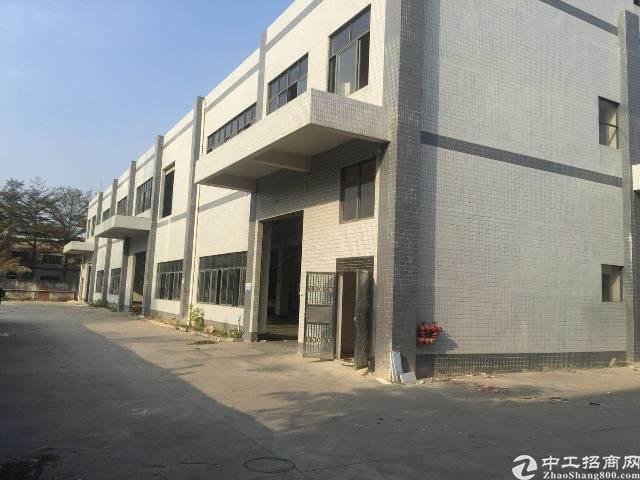 大朗镇靠大岭山独院标准厂房5800平方一楼6米高招租