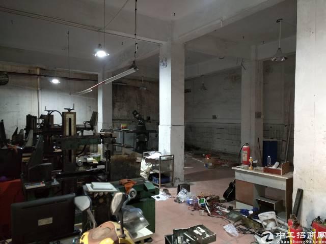 深圳沙井东环路附近新出一楼800平方厂房出租