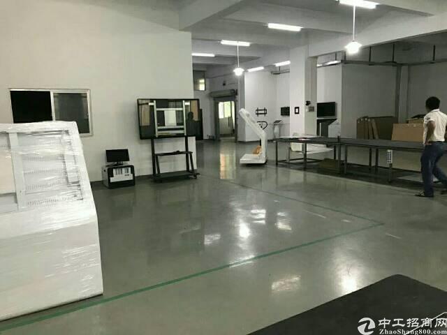 [精品小面积]公明厂房二楼680平方精装修