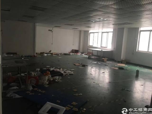 福永107边新出楼上精装修500平方