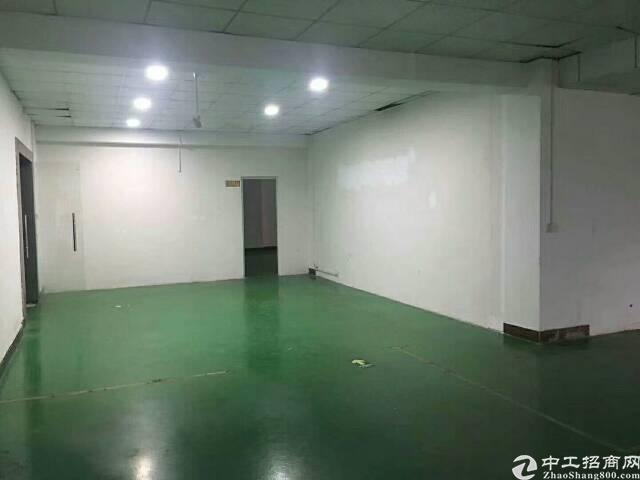 福永107边楼上500㎡带装修厂房出租
