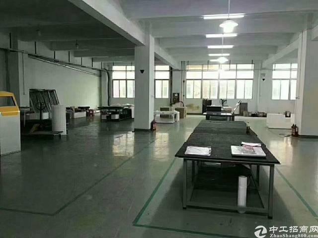 光明东坑长丰工业区2楼680平方 精装修无转让费
