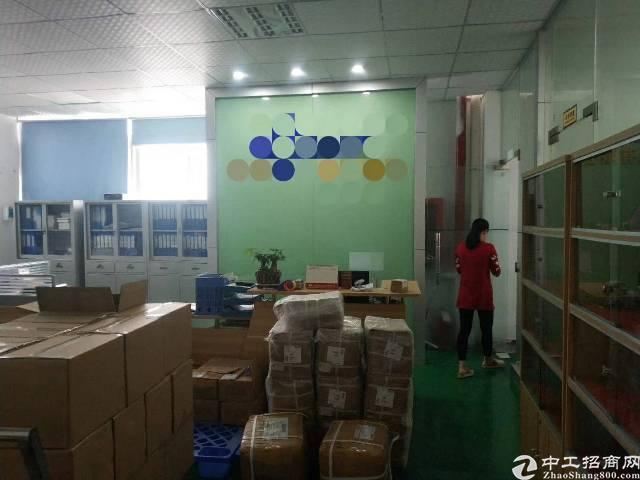 福永沿江高速口楼上750平精装厂房,免转让费,