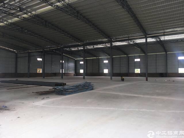 10米高钢构厂房出租