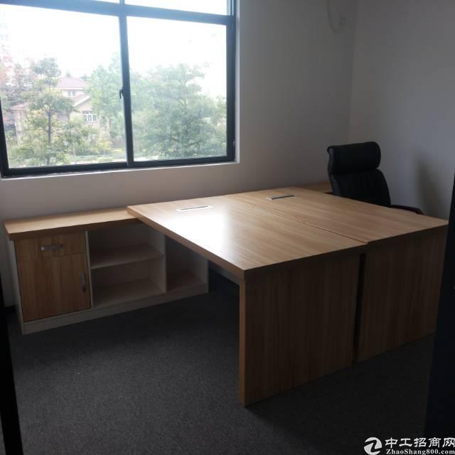 精装修写字楼189平带办公家私出租