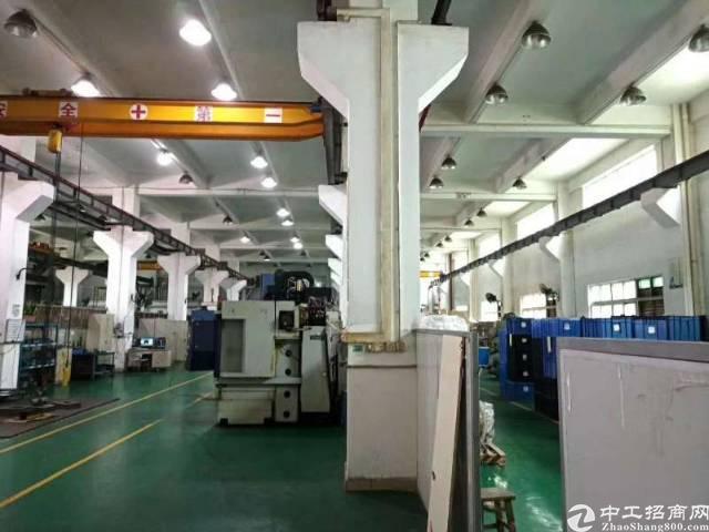 福永凤凰山脚下一楼1500平米带装修厂房出租