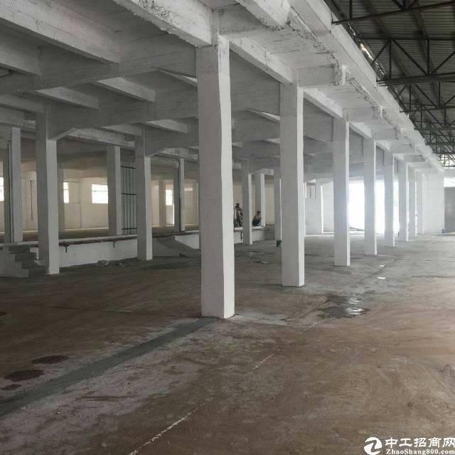 平湖辅城坳工业区独院厂房单一层3600平
