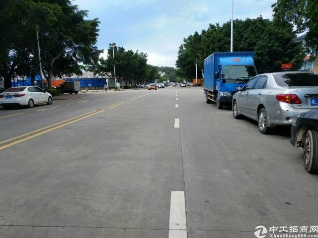 福永凤凰国道边一楼1600平方厂房出租