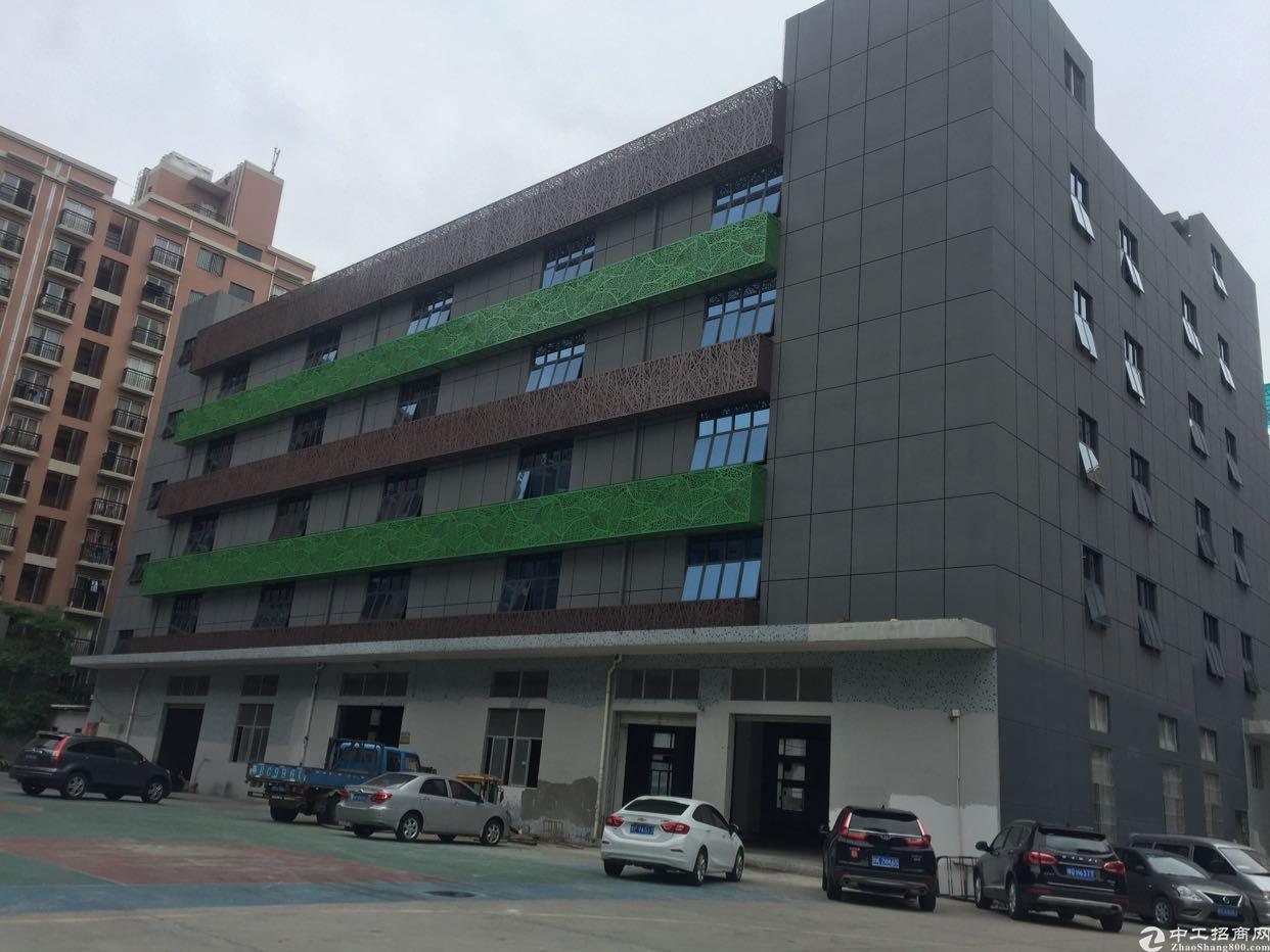 宝安地铁站附近高新产业园楼上2000平厂房出租