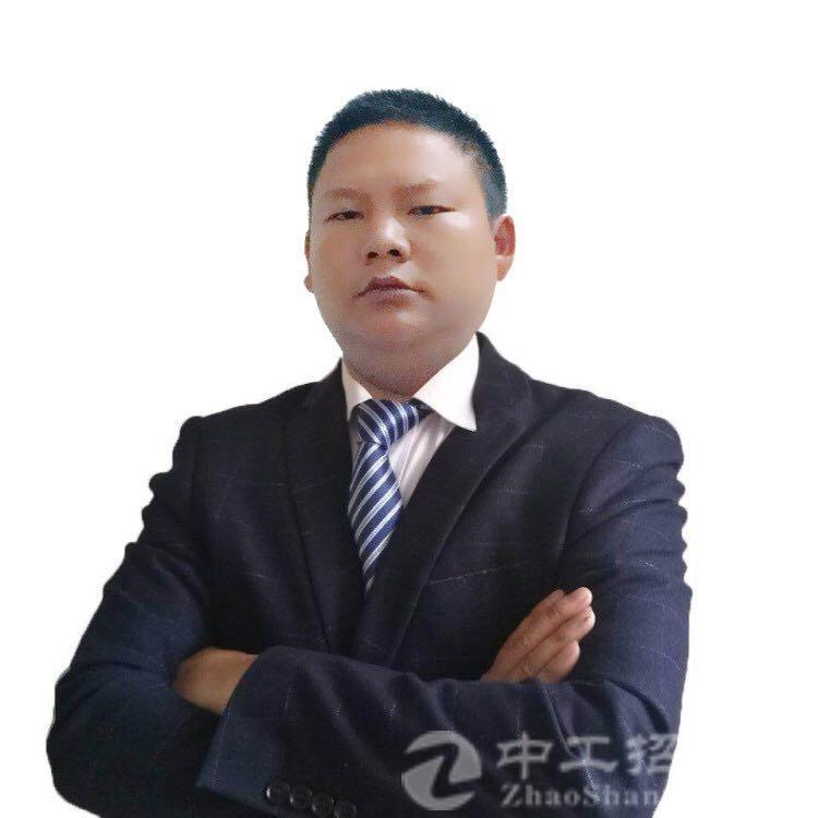 厂房经纪人李国峰
