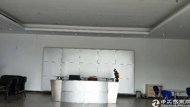 观澜梅关高速出口桂花小学对面独门独院厂房出租
