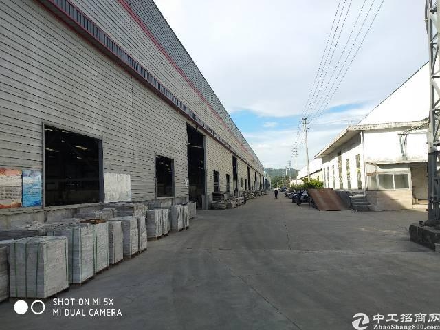 坑梓便宜滴水6米2100平独院钢构厂房出租可分租