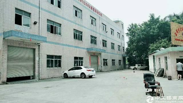 沙井共和新出独院厂房三层5000平方出租。